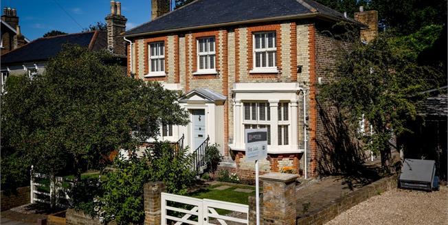£8,000 per Calendar Month, 5 Bedroom Detached House To Rent in Kingston upon Thames, KT2