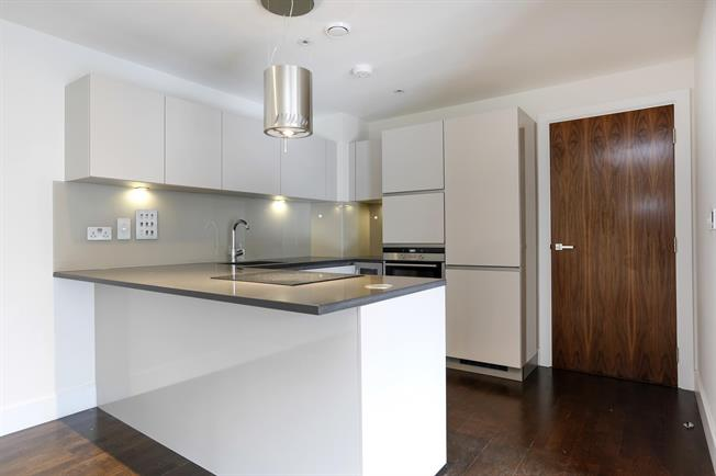 £1,995 per Calendar Month, 2 Bedroom Apartment To Rent in Kingston upon Thames, KT2