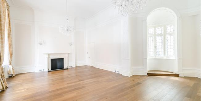 £7,800  per Calendar Month (Calculated), 3 Bedroom Flat To Rent in London, SW7