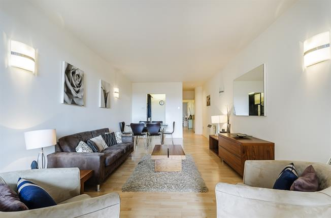 £2,578  per Calendar Month (Calculated), 2 Bedroom Apartment To Rent in London, SW7