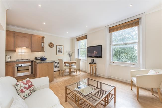 £2,665  per Calendar Month (Calculated), 1 Bedroom Flat To Rent in London, SW3
