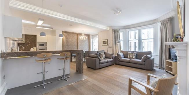 £7,583  per Calendar Month (Calculated), 2 Bedroom Flat To Rent in London, SW1X