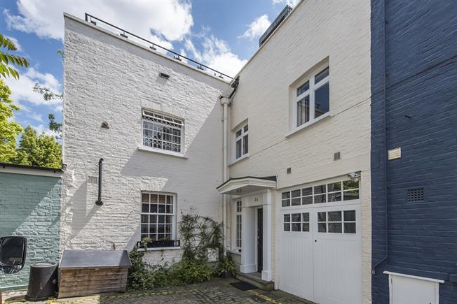 £5,633  per Calendar Month (Calculated), 4 Bedroom Mews House To Rent in London, SW7
