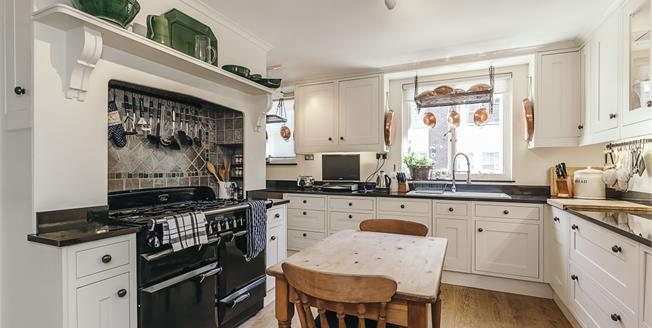 £12,783  per Calendar Month (Calculated), 3 Bedroom Town House To Rent in London, SW7