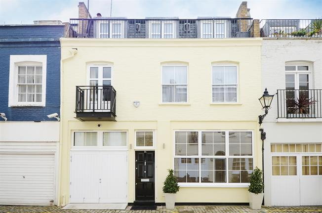 £6,066  per Calendar Month (Calculated), 4 Bedroom Mews House To Rent in London, SW7
