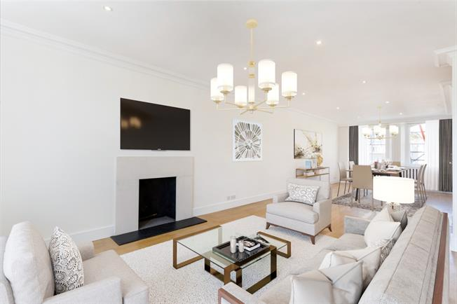 £5,416  per Calendar Month (Calculated), 3 Bedroom Flat To Rent in London, SW7