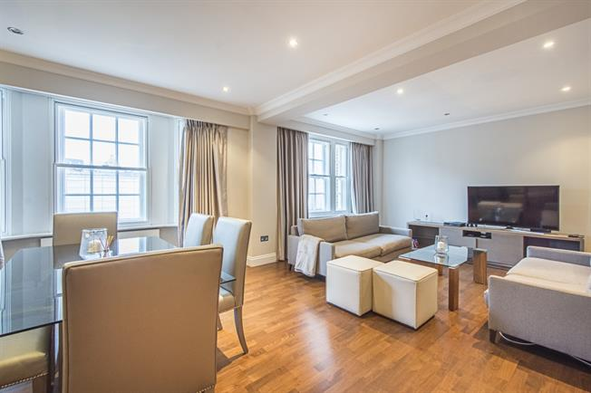 £6,478  per Calendar Month (Calculated), 2 Bedroom Flat To Rent in London, SW1X