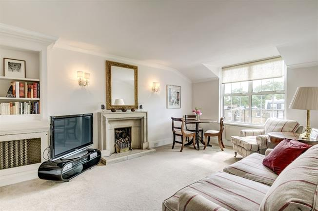 £4,116  per Calendar Month (Calculated), 1 Bedroom Flat To Rent in London, SW7