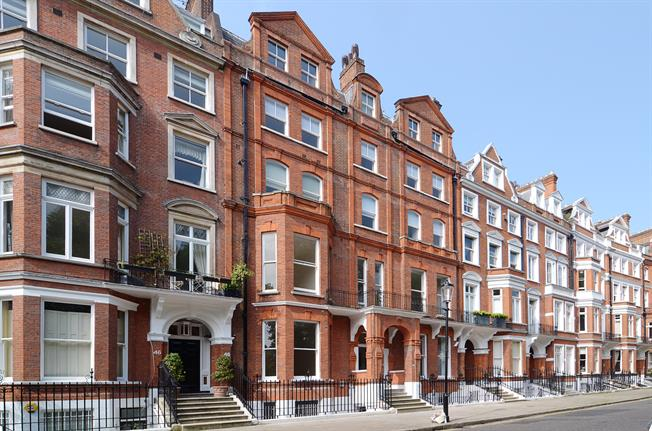 £2,058  per Calendar Month (Calculated), Apartment To Rent in London, SW1X