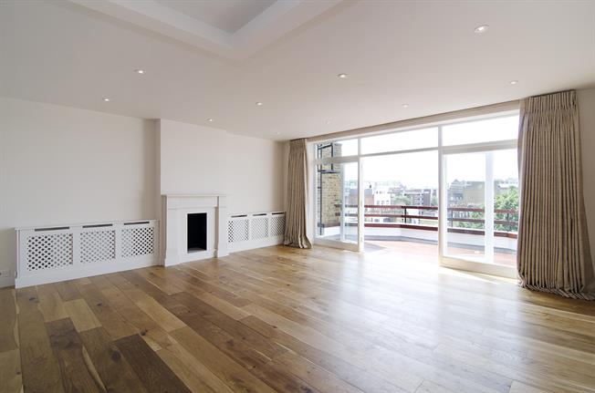 £9,533  per Calendar Month (Calculated), 3 Bedroom Apartment To Rent in London, SW1X