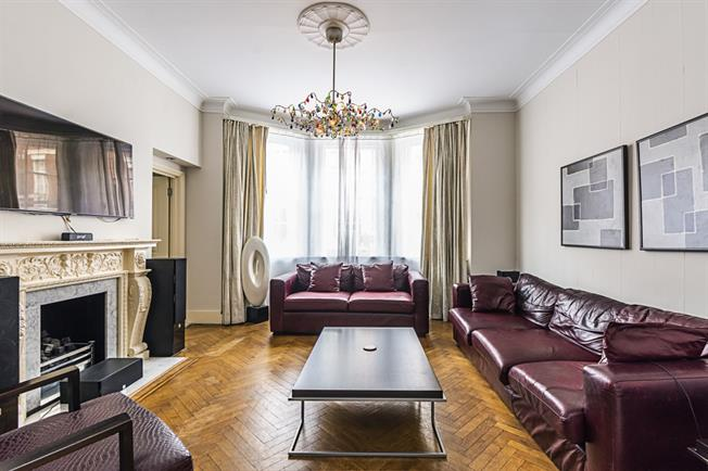 £11,916  per Calendar Month (Calculated), 3 Bedroom Apartment To Rent in London, W1K