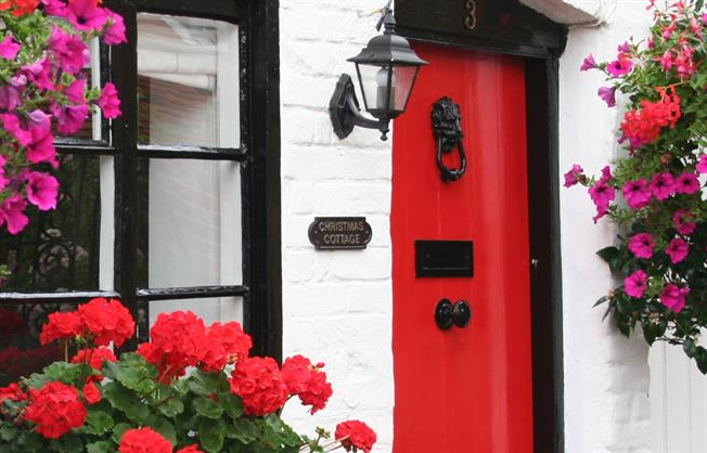 £10,616  per Calendar Month (Calculated), 1 Bedroom Cottage House To Rent in Maidenhead, SL6