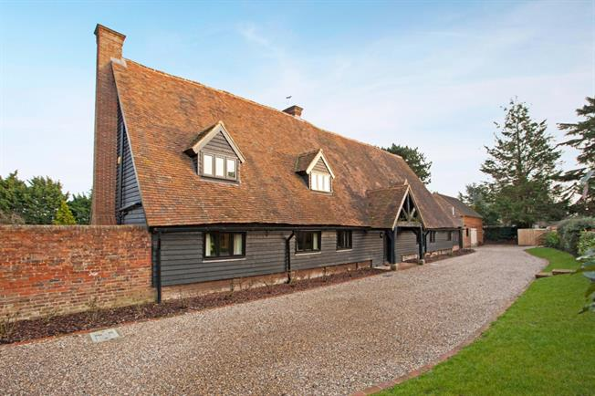 £15,000 per Calendar Month, 6 Bedroom House To Rent in Maidenhead, SL6