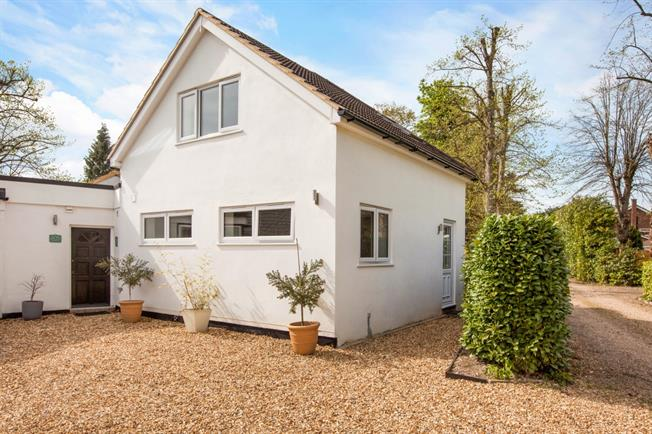 £900 per Calendar Month, 1 Bedroom House To Rent in Maidenhead, SL6