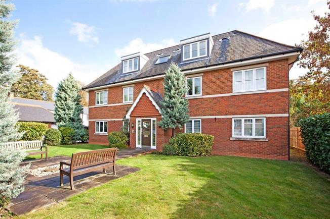 £1,275 per Calendar Month, 2 Bedroom Apartment To Rent in Maidenhead, SL6