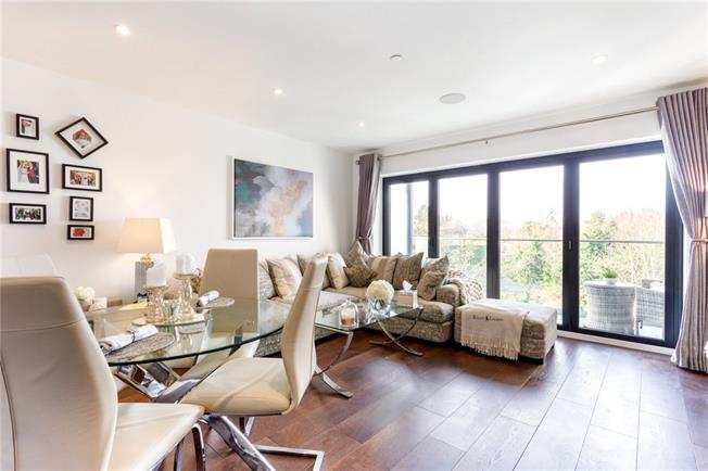 £1,500 per Calendar Month, 2 Bedroom Apartment To Rent in Maidenhead, SL6