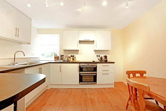 £625 per Calendar Month, 1 Bedroom Apartment To Rent in Marlborough, SN8
