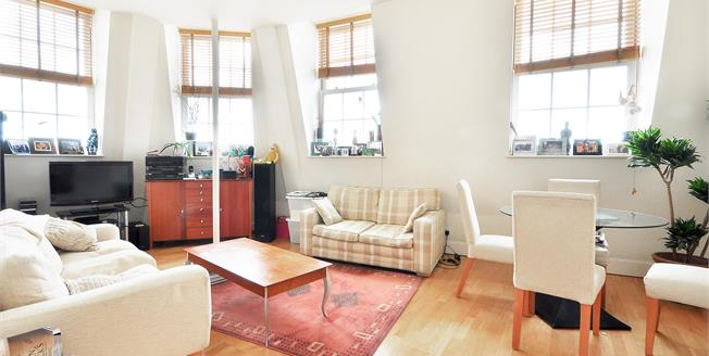 £2,816  per Calendar Month (Calculated), 2 Bedroom Flat To Rent in London, W2