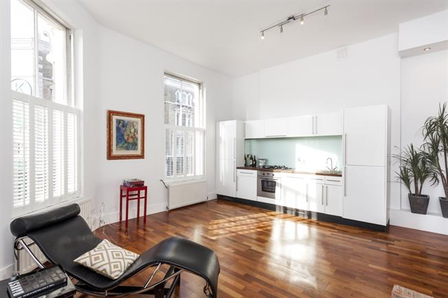 £3,466  per Calendar Month (Calculated), 1 Bedroom Flat To Rent in London, W10