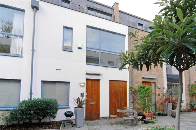 £3,141  per Calendar Month (Calculated), 2 Bedroom Mews House To Rent in London, W11