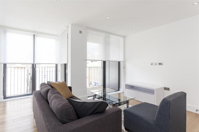 £2,448  per Calendar Month (Calculated), 2 Bedroom Apartment To Rent in London, W10