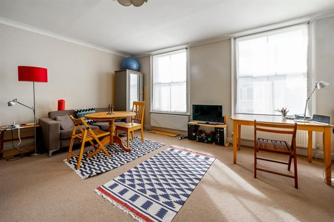 £1,646  per Calendar Month (Calculated), 1 Bedroom Flat To Rent in London, W10