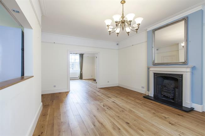 £4,311  per Calendar Month (Calculated), 3 Bedroom Apartment To Rent in London, W2