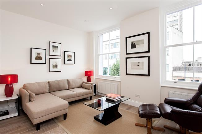 £3,250  per Calendar Month (Calculated), 2 Bedroom Maisonette To Rent in London, W11