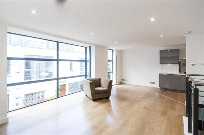 £3,445  per Calendar Month (Calculated), 2 Bedroom Mews House To Rent in London, W11