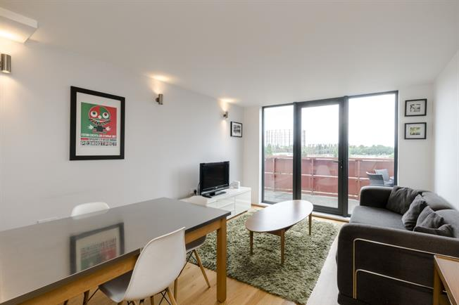 £2,145  per Calendar Month (Calculated), 2 Bedroom Apartment To Rent in London, W10