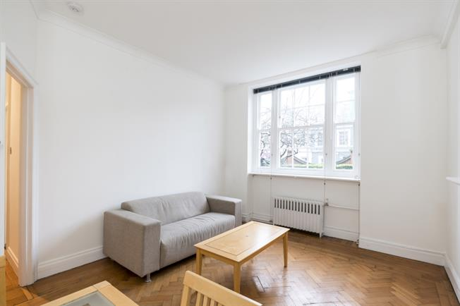 £1,950  per Calendar Month (Calculated), 1 Bedroom Apartment To Rent in London, W11