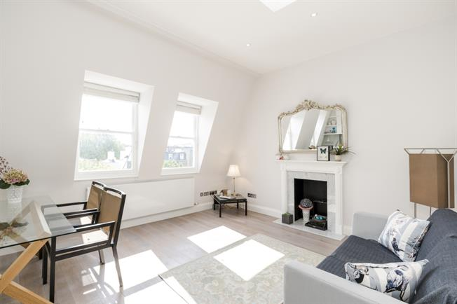 £2,730  per Calendar Month (Calculated), 2 Bedroom Apartment To Rent in London, W2