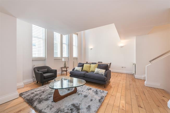 £4,311  per Calendar Month (Calculated), 3 Bedroom Apartment To Rent in London, W1H