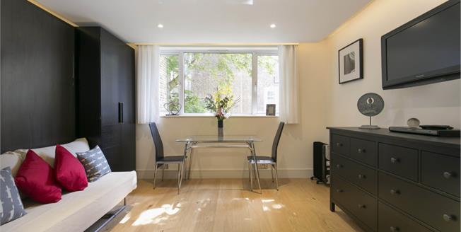£1,408  per Calendar Month (Calculated), Flat To Rent in London, W2