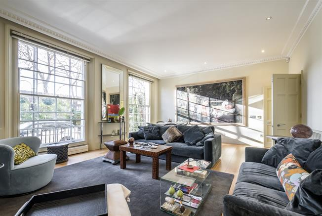 £7,150  per Calendar Month (Calculated), 3 Bedroom Flat To Rent in London, W2