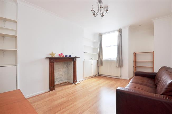 £2,015  per Calendar Month (Calculated), 2 Bedroom Flat To Rent in London, W2
