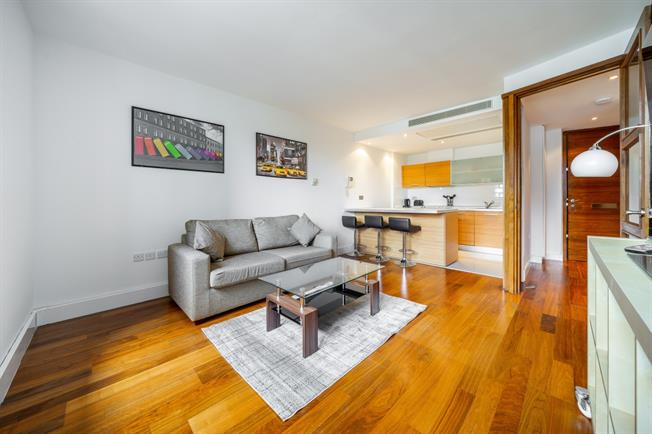 £2,058  per Calendar Month (Calculated), 1 Bedroom Apartment To Rent in London, W2