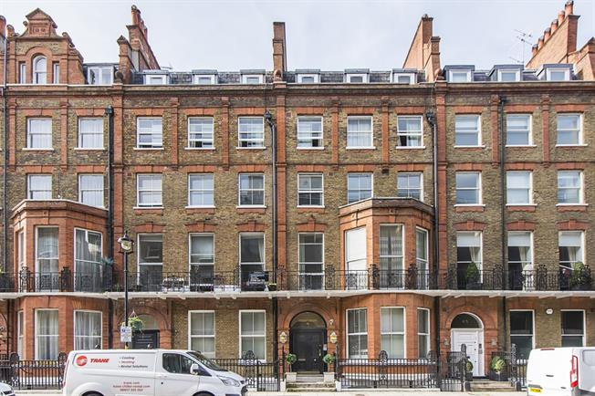 £3,033  per Calendar Month (Calculated), 2 Bedroom Flat To Rent in London, W1U