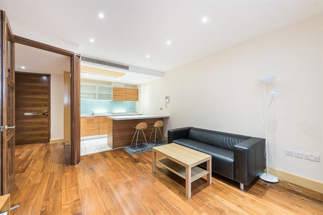£2,145  per Calendar Month (Calculated), 1 Bedroom Apartment To Rent in London, W2