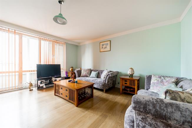 £2,860  per Calendar Month (Calculated), 2 Bedroom Apartment To Rent in London, W2