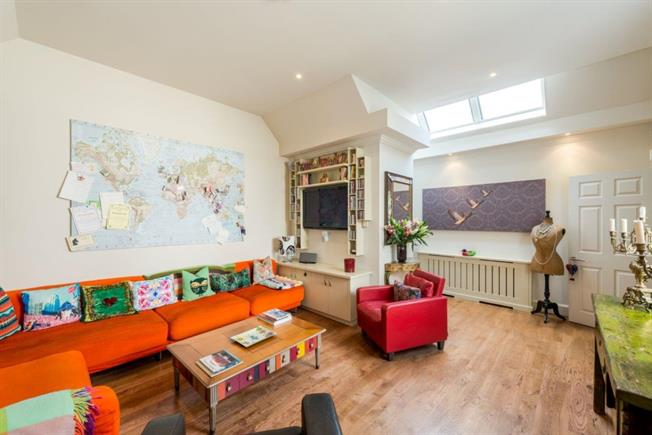 £8,645  per Calendar Month (Calculated), 2 Bedroom House To Rent in London, W1G