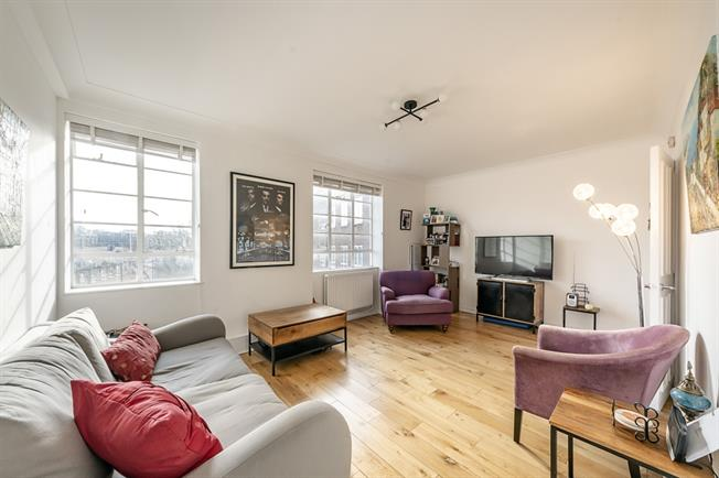 £1,885  per Calendar Month (Calculated), 1 Bedroom Apartment To Rent in London, W2