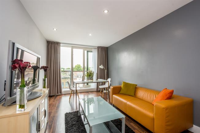 £3,141  per Calendar Month (Calculated), 2 Bedroom Apartment To Rent in London, W2