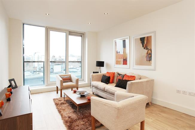 £2,491  per Calendar Month (Calculated), 1 Bedroom Apartment To Rent in London, W2