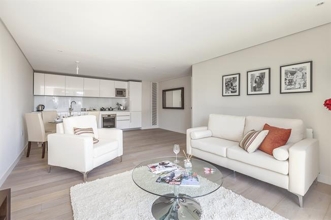 £6,478  per Calendar Month (Calculated), 3 Bedroom Apartment To Rent in London, W2