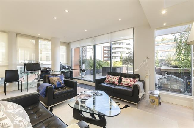 £5,416  per Calendar Month (Calculated), 2 Bedroom Duplex Apartment To Rent in London, W2