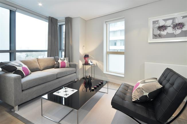 £3,618  per Calendar Month (Calculated), 2 Bedroom Apartment To Rent in London, W2