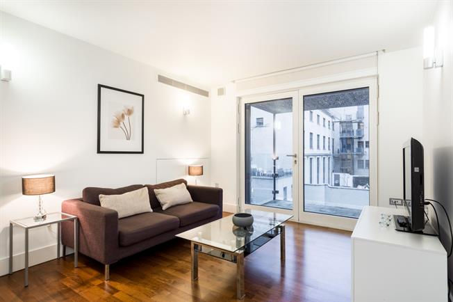 £3,683  per Calendar Month (Calculated), 1 Bedroom Apartment To Rent in London, W1W