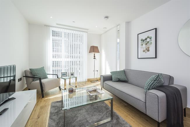 £2,578  per Calendar Month (Calculated), 1 Bedroom Apartment To Rent in London, W2