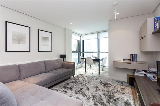 £2,925  per Calendar Month (Calculated), 2 Bedroom Apartment To Rent in London, W2